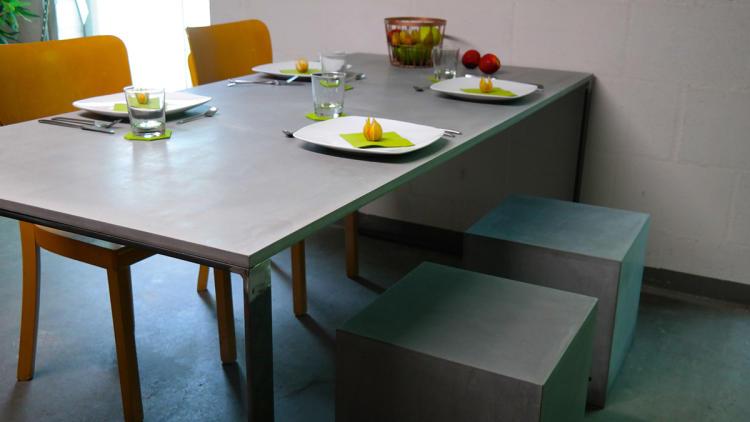 grau erobert die k che beton. Black Bedroom Furniture Sets. Home Design Ideas