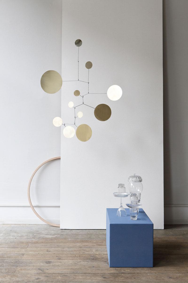 schwebende kunstwerke design mobiles. Black Bedroom Furniture Sets. Home Design Ideas